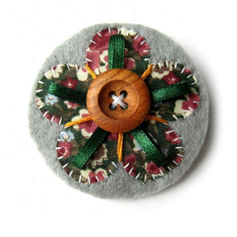 Sell Handmade Crafts Free - felt animals and creature crafts handmade jewlery bags