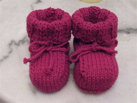 easy knitting patterns baby booties easy baby cardigan kris awesome
