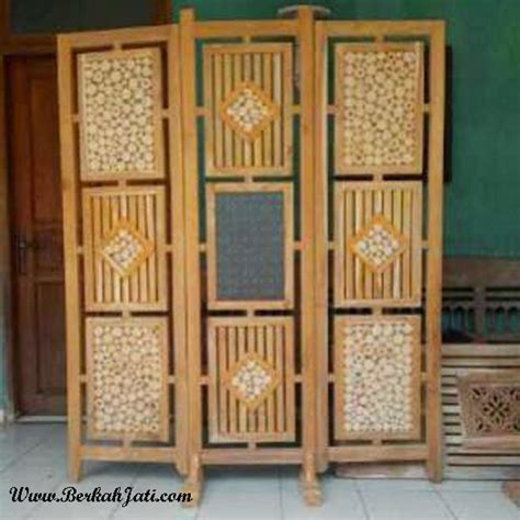 sekat ruangan minimalis model koin berkah jati furniture berkah jati furniture