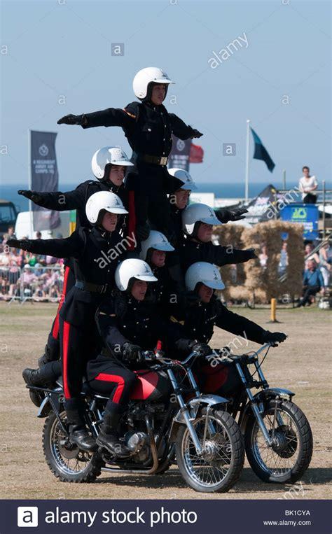 Motorrad In England Anmelden by Das K 246 Nigliche Signale Wei 223 E Helme Motorrad Display Team