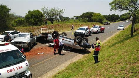 boat accident umkomaas vehicle with trailer overturns on r37 2 road safety blog