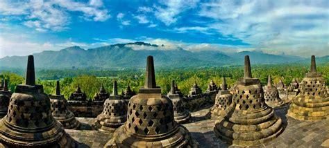 borobudur temple candi borobudur sunrise yogyakarta jogja backpackers guide