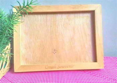 rekomendasi souvenir kayu  cantik  bermanfaat
