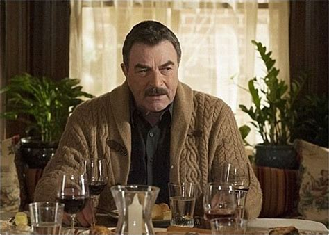 tom selleck sweater knitting paradise tom selleck sweater in blue bloods google search knit