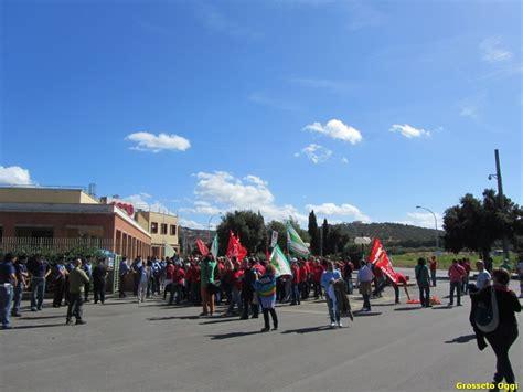 unicoop tirreno sede protesta alla unicoop tirreno di vignale riotorto in 300