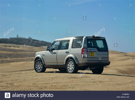 land rover discovery road land rover discovery 4 road imgkid com the