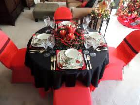 black and red christmas tablescapes alycia nichols tablescapes at table twenty one www tabletwentyone cardinal