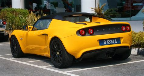 how can i learn about cars 2012 lotus exige free book repair manuals file 2014 lotus elise cr in glenmarie malaysia 02 jpg wikimedia commons