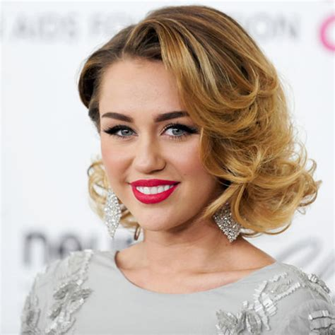 what is the name of miley cryus hair cut miley cyrus s changing looks instyle com