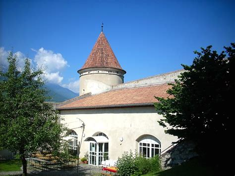 ufficio turistico val venosta castel coldrano frazione comune di laces castelli