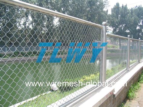 Cost Of Trellis Fencing Chainlink Fence Cost Fences