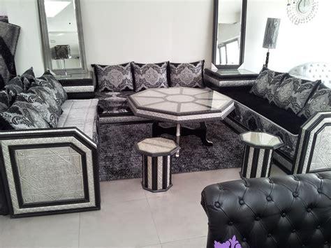 salon noir blanc argent