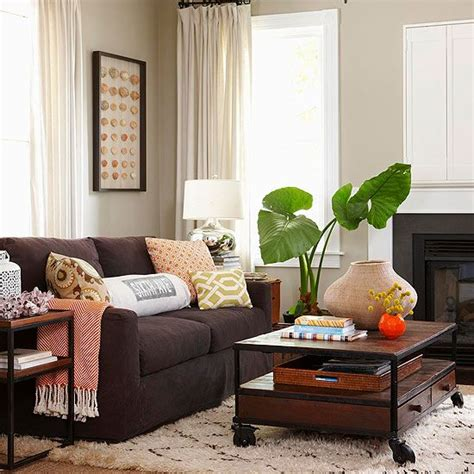 living rooms with brown couches best 25 dark brown couch ideas on pinterest brown couch