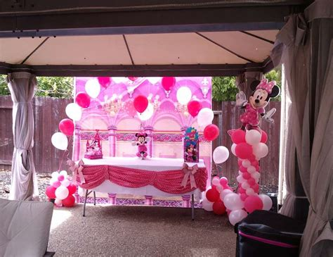 Minnie Mouse Backyard by Mini Mouse In The Back Yard Birthday Quot Minnie Mouse
