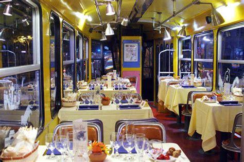 ristorante lume di candela roma sul tram si cena a lume di candela in viaggio ansa it