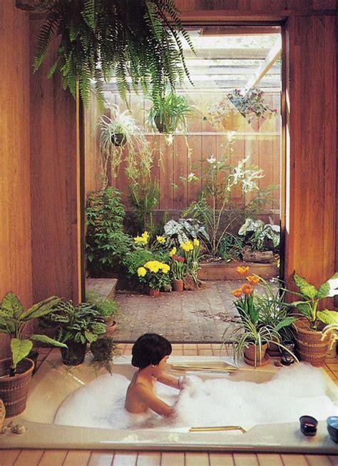 ideas for garden decorations sunset drydockshop decorating with plants sunset books 169 1980
