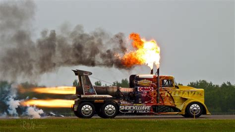 Schnellstes Auto Der Welt Mit Raketenantrieb by The World S Fastest Jet Powered Truck Global Motor Trend