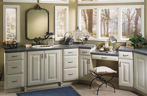 diamond bathroom cabinets diamond cabinets bathroom diamondroommakeover pinterest