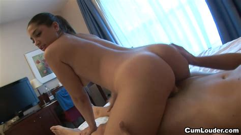 Latina Enjoys Homemade Porn Session Xbabe Video
