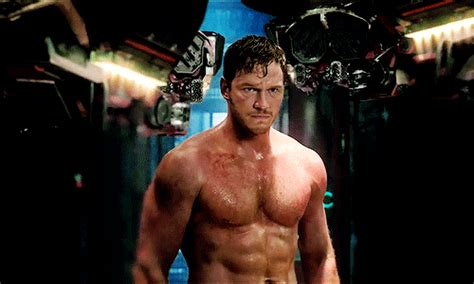 Shirtless Chris Pratt Pictures   POPSUGAR Celebrity