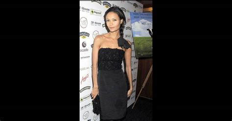 Thandie Newton And Famke Janssen In Stella Mccartney by Thandie Newton Et Stella Mccartney Deux Beaut 233 S Qui Vous