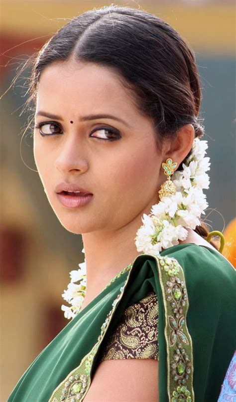 aunties hd images cinema malayalam actress gallery hot malayalam actress pictures