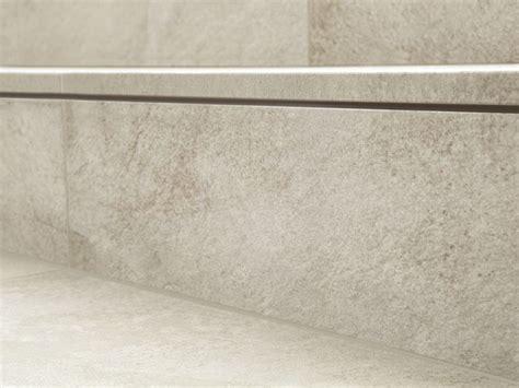 pavimenti step pavimento per esterni in gres porcellanato dual step by