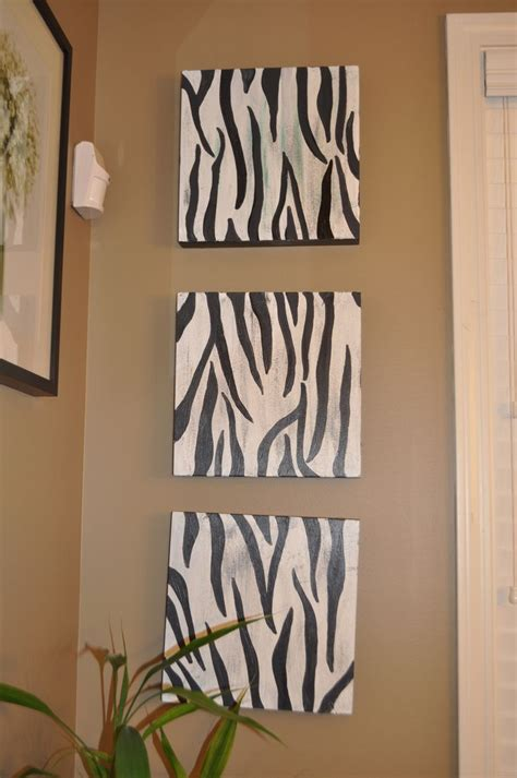 Zebra Bathroom Decorating Ideas 25 Best Ideas About Zebra Bathroom Decor On Pinterest Zebra Bathroom Zebra Print Bathroom