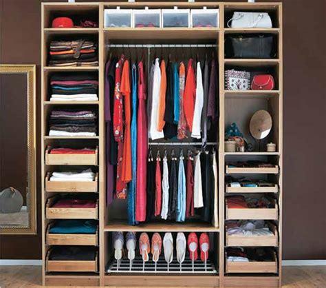 organizzare guardaroba pulire armadio organizzare guardaroba