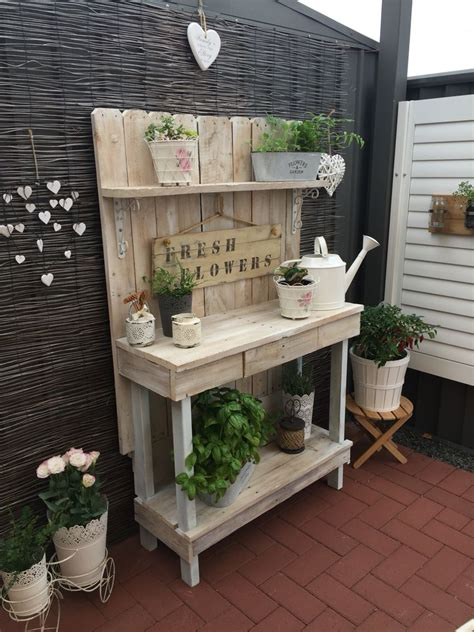 corner potting bench my cute corner with up cycled pallet potting bench xoxo