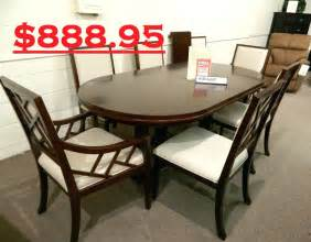 Dining Room Sets Clearance by Clearance Dining Room Sets Rate Dining Table Sets