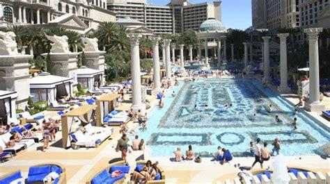 Garden Of The Gods Vegas 9 Las Vegas Pools And Temple