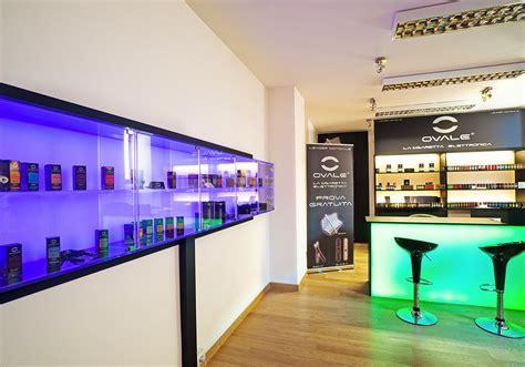 arredamento luminoso arredamenti lavorazione plexiglass 0034 arredo negozio