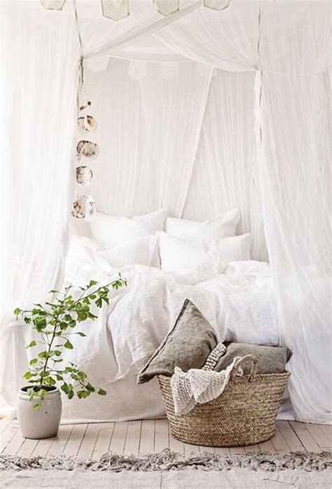 White Bohemian Bedroom Decor by 40 Bohemian Bedrooms To Fashion Your Eclectic Tastes After