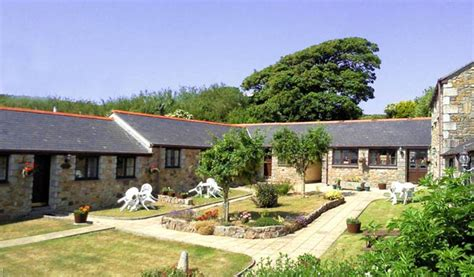 uk self catering cottages portreath porthtowan cottages friesian valley