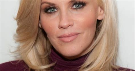 what color are jenny mccarthys eyes jenny mccarthy s date night makeup idea check out her