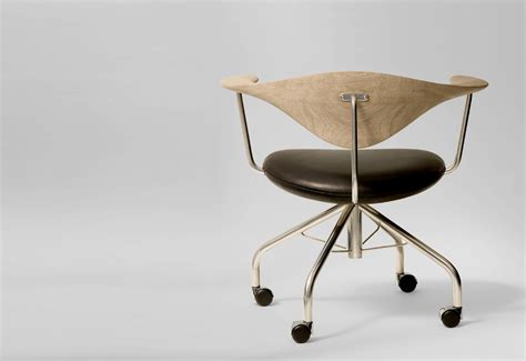 Pp502 Swivel Chair Designed By Hans Wegner Twentytwentyone Hans Wegner Swivel Chair