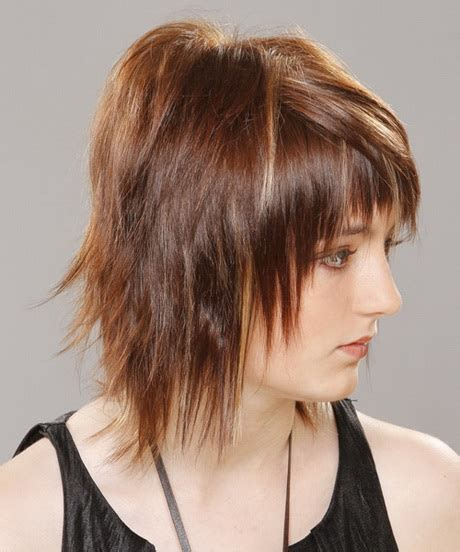 razor cut hairstyles pictures razor cut medium hairstyles