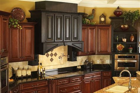 Kitchen Hutch Decorating Ideas Above Kitchen Cabinet Decor