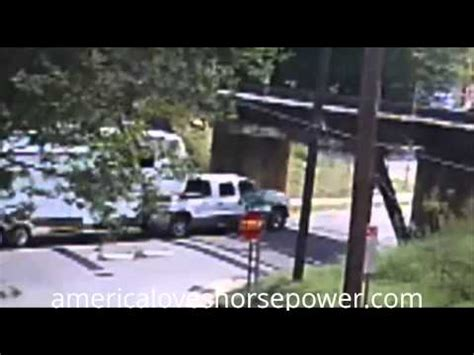 wtf overloaded hauler 3 car trailer 5th wheel crazy under dodge truck pulling fifth wheel wreck funnycat tv