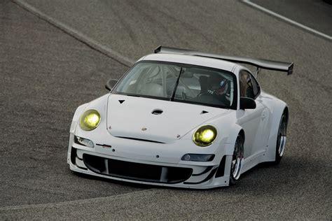 porsche gt3 rsr 465 horsepower porsche 911 gt3 rsr unveiled the torque