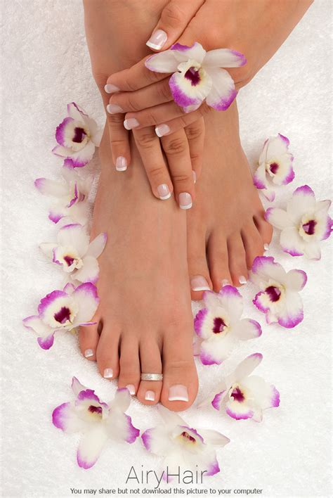 10 amazing exles of pedicure manicure nail color