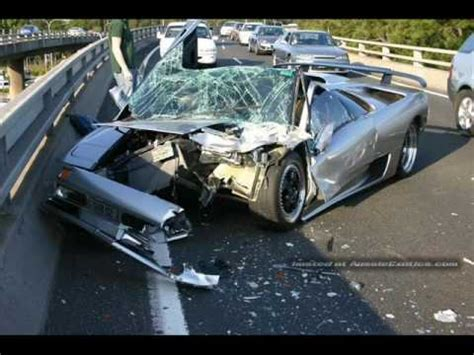 crashed red lamborghini lamborghini crashes on bridge totaled youtube