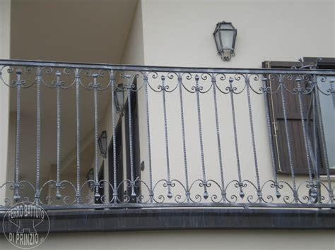 ringhiera ferro battuto prezzo ringhiere in ferro battuto ferro battuto recinzioni in