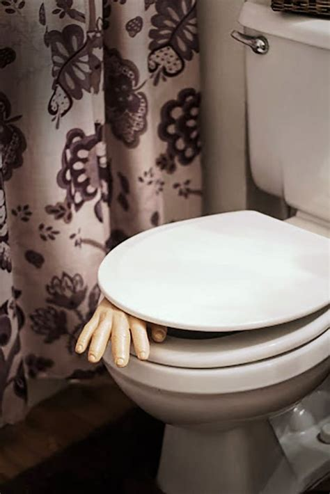 scary bathtub halloween decorations bathroom to scare away your guests