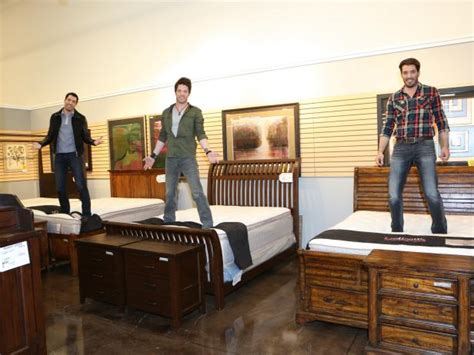 jonathan scott mattress photo page hgtv