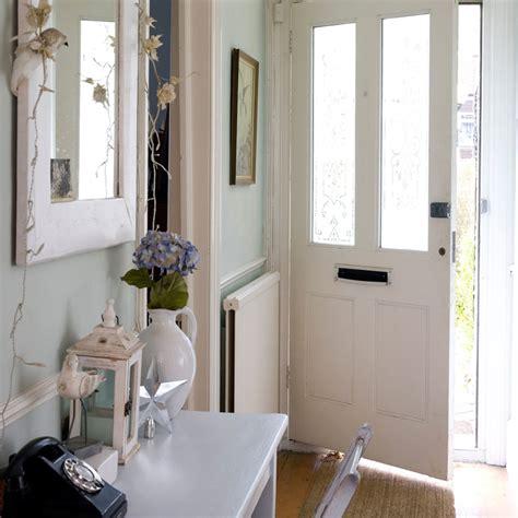 How To Design A Narrow Hallway