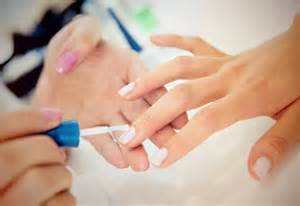 how getting my nails done changed my life mouths of mums