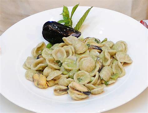 ricette per cucinare le fave fresche ricetta pasta con cozze e fave fresche agenzia