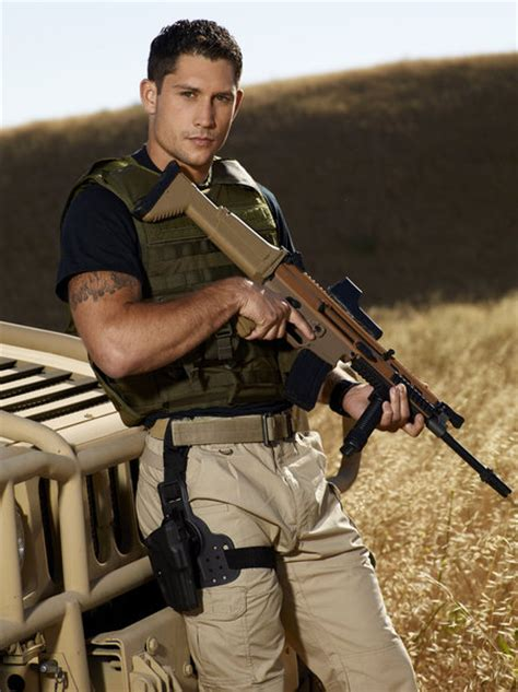 kenny sheard navy seal talon smith joins new nbc competition series earn